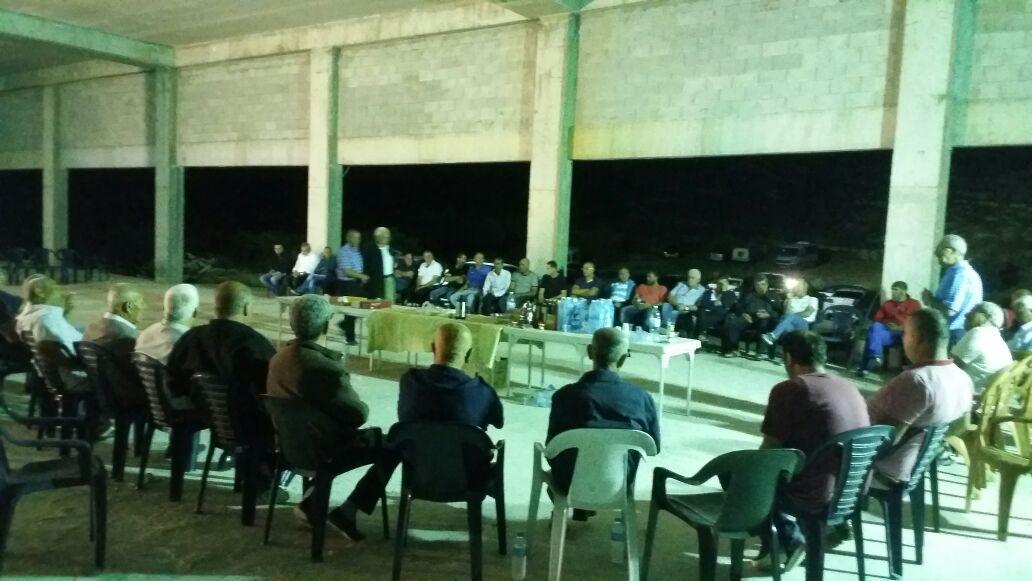 د. حنا سويد يزور المبنى المهدد بالهدم في كابول متضامنًا