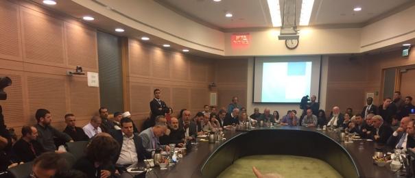 أجواء صاخبة في لجنة الداخلية خلال مناقشة قانون كامينتس لهدم البيوت العربية!